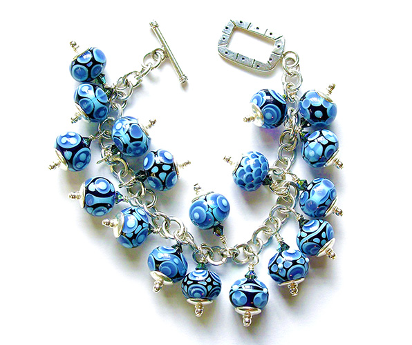 shooting-star-beads-blue-bead-bracelet