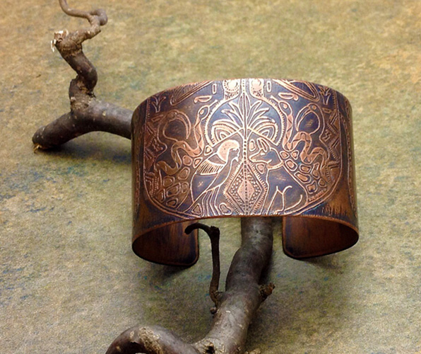 shooting-star-beads-inubus-copper-cuff